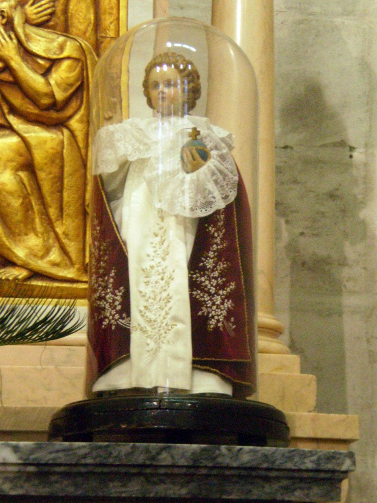 Monarch in Basilica of Our Lady of the Rosary of Fatima