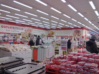Photos of Outlet Dolciario - Images