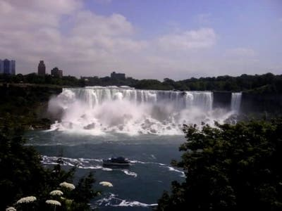 Las cataratas canadienses del Niagara, Niagara on the Lake, Canada