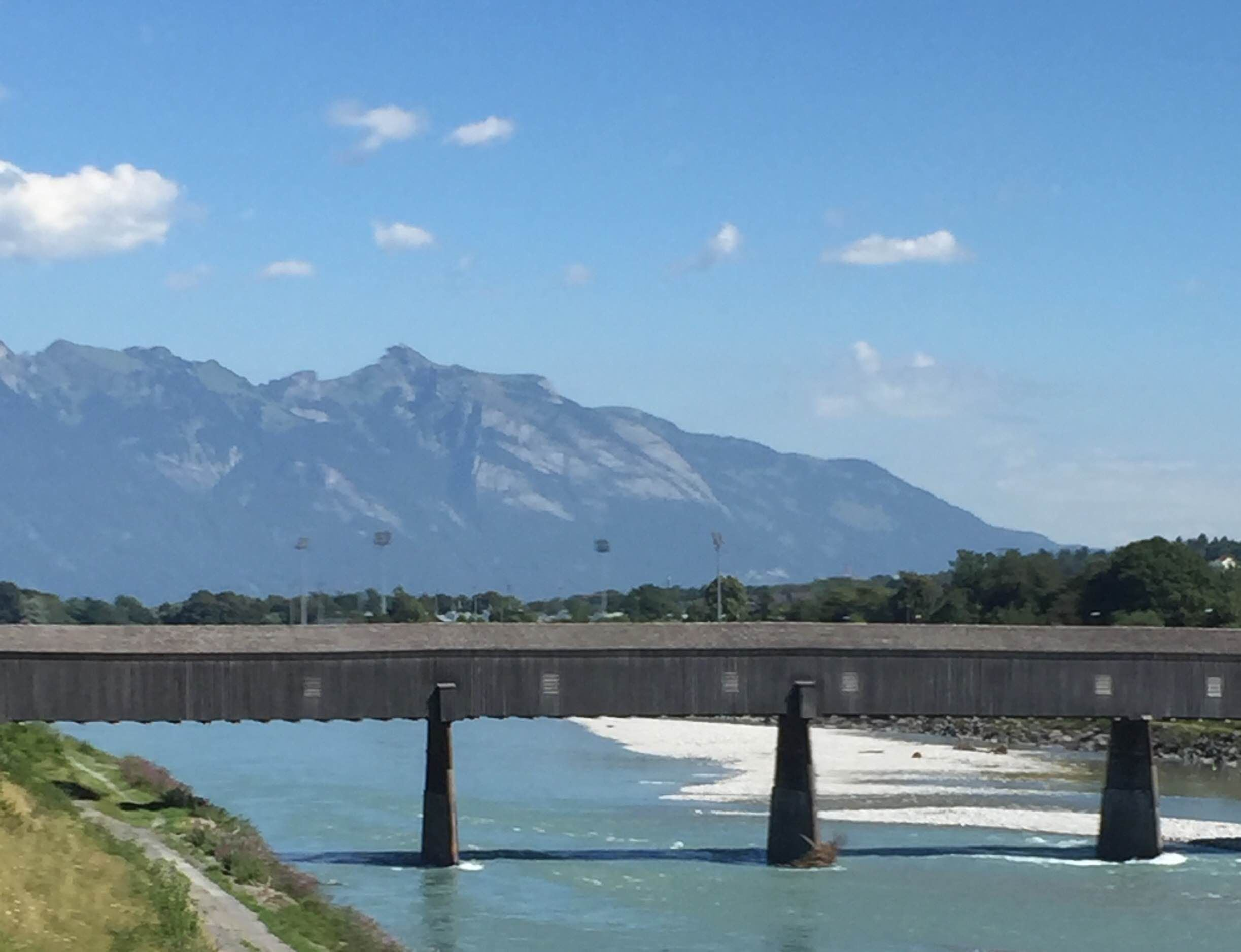 Embalse en Liechtenstein