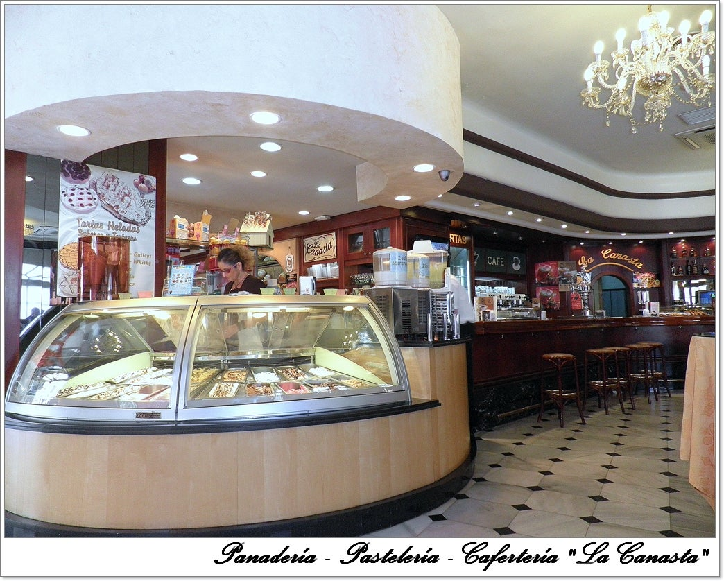 La Canasta Cafe Bakery