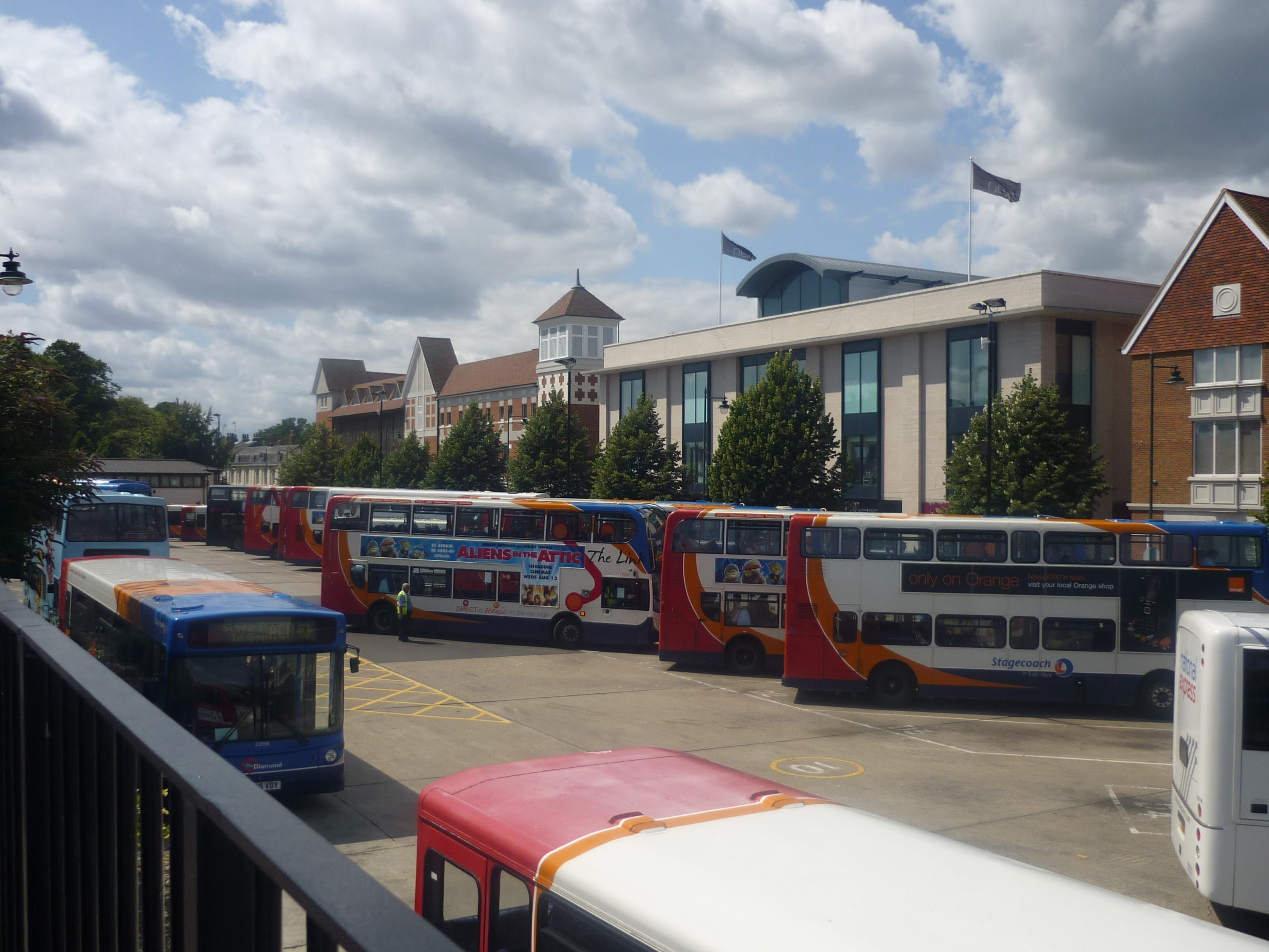 bus station of Canterbury