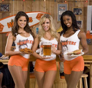 Hooters Hollywood