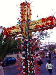 The Crosses of May
