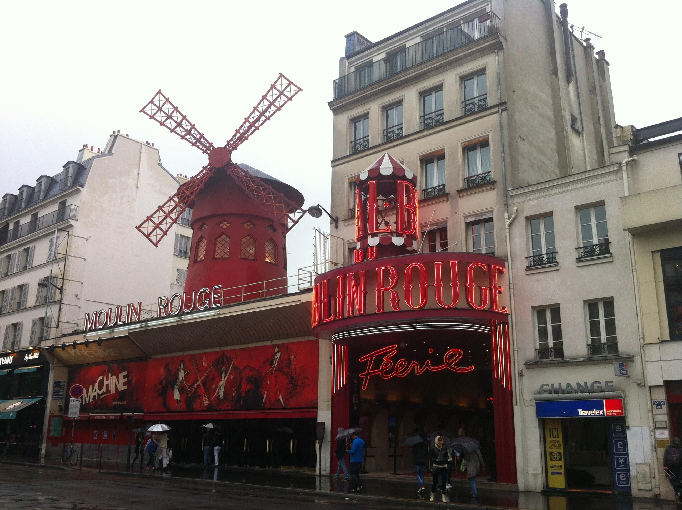 Restaurante en Moulin Rouge