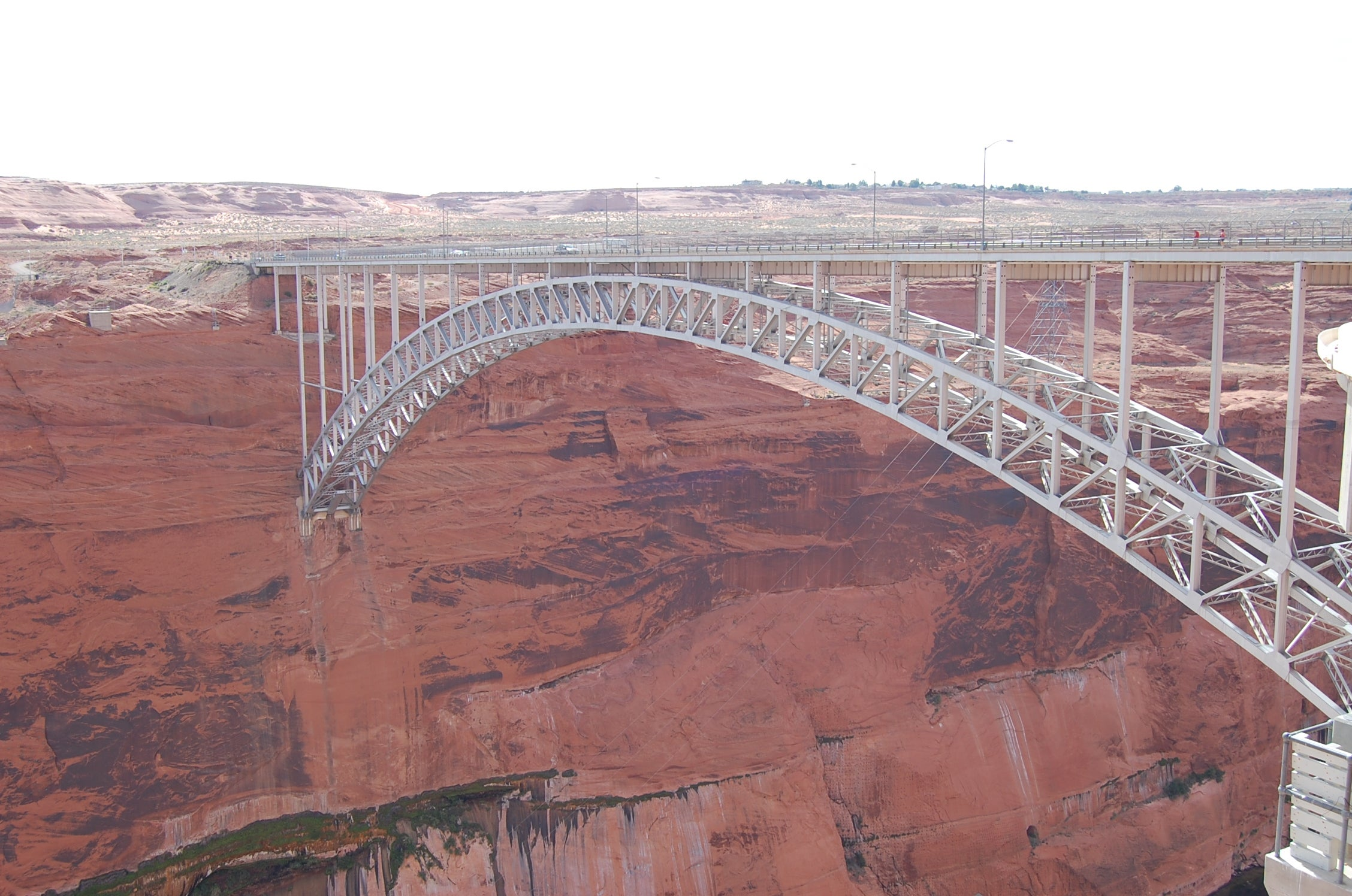 Puente en arco en Glen Canyon Bridge