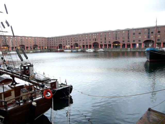 Paseo en barco en Royal Albert Dock