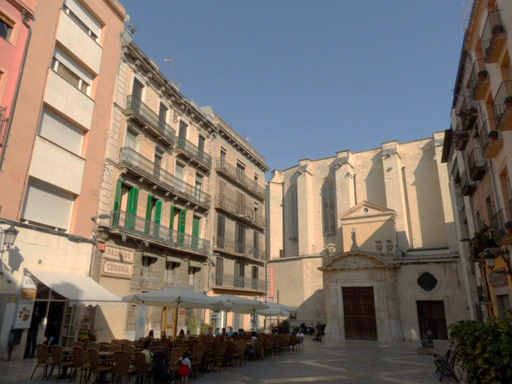 Castell square