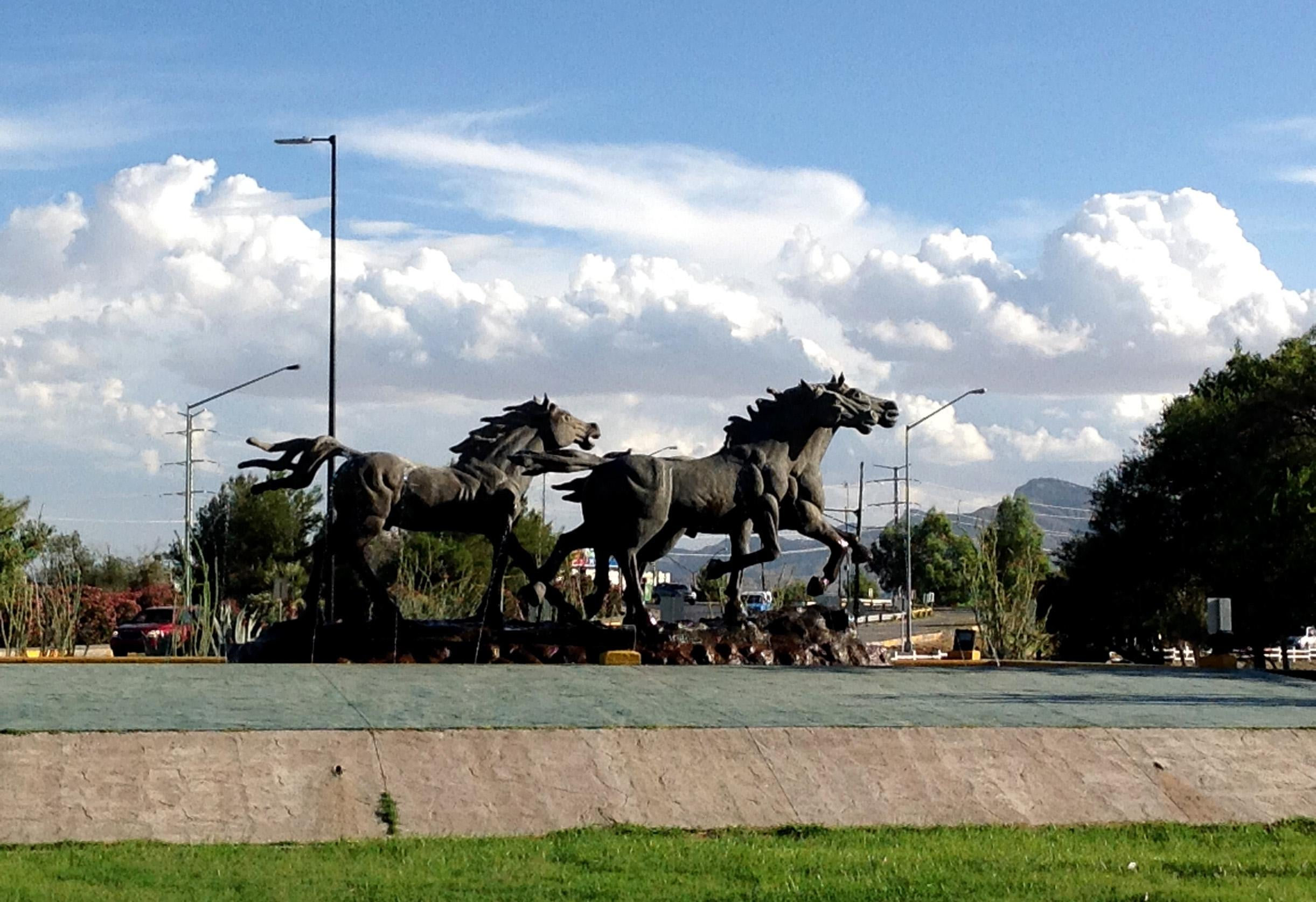 Monumento a Los Indomables