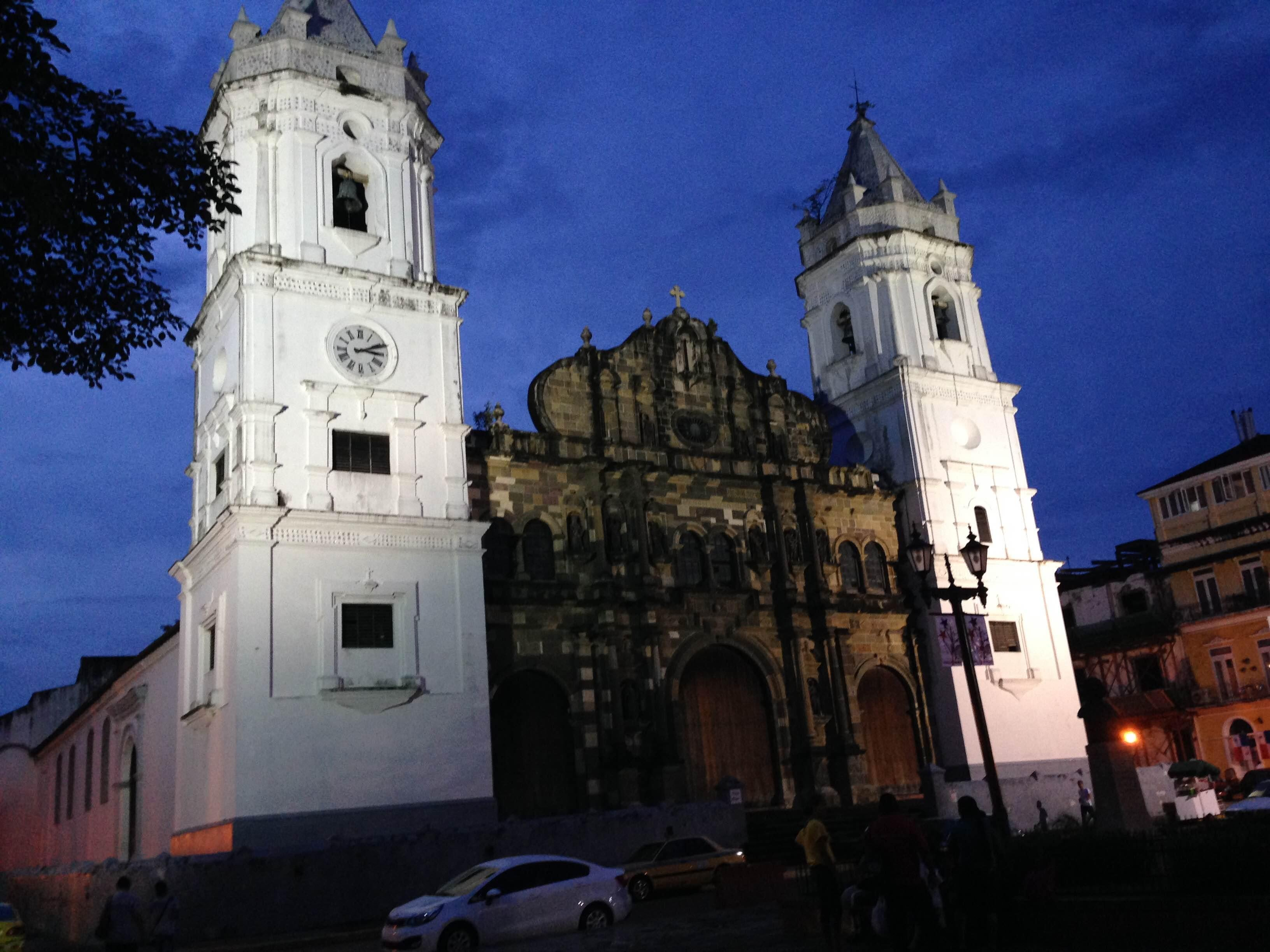 Catedral en Bajareque Coffee House