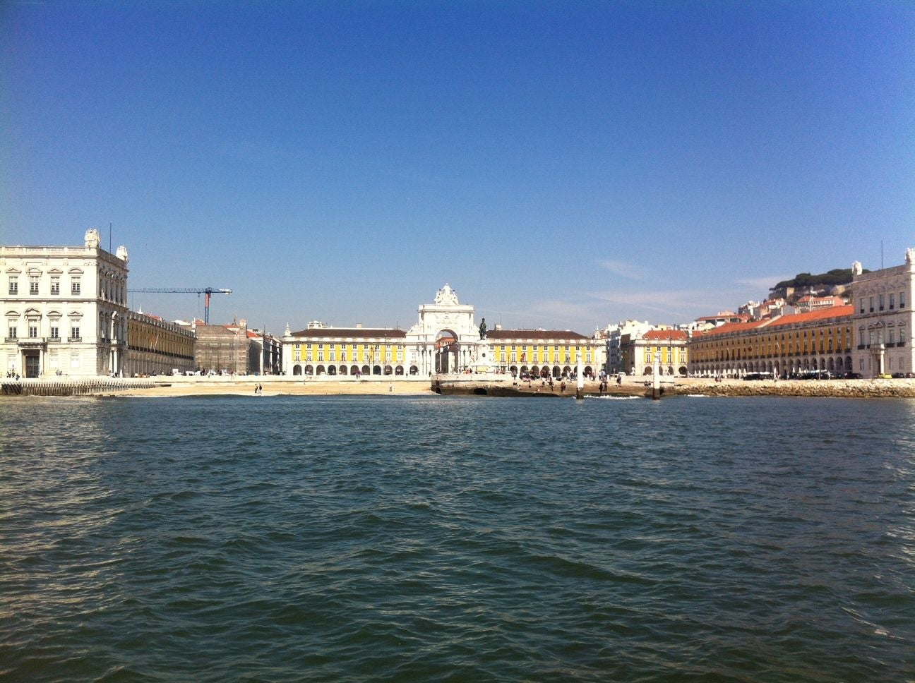 Mar en Lisbon By Boat