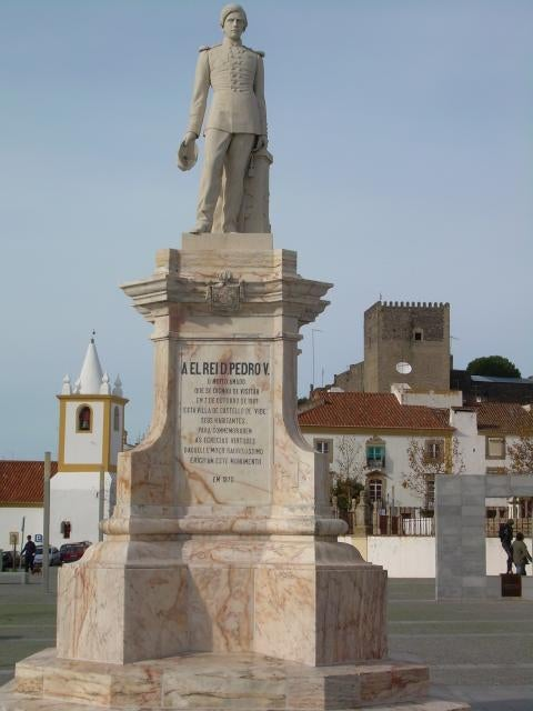 Historia antigua en Estatua de Don Pedro V