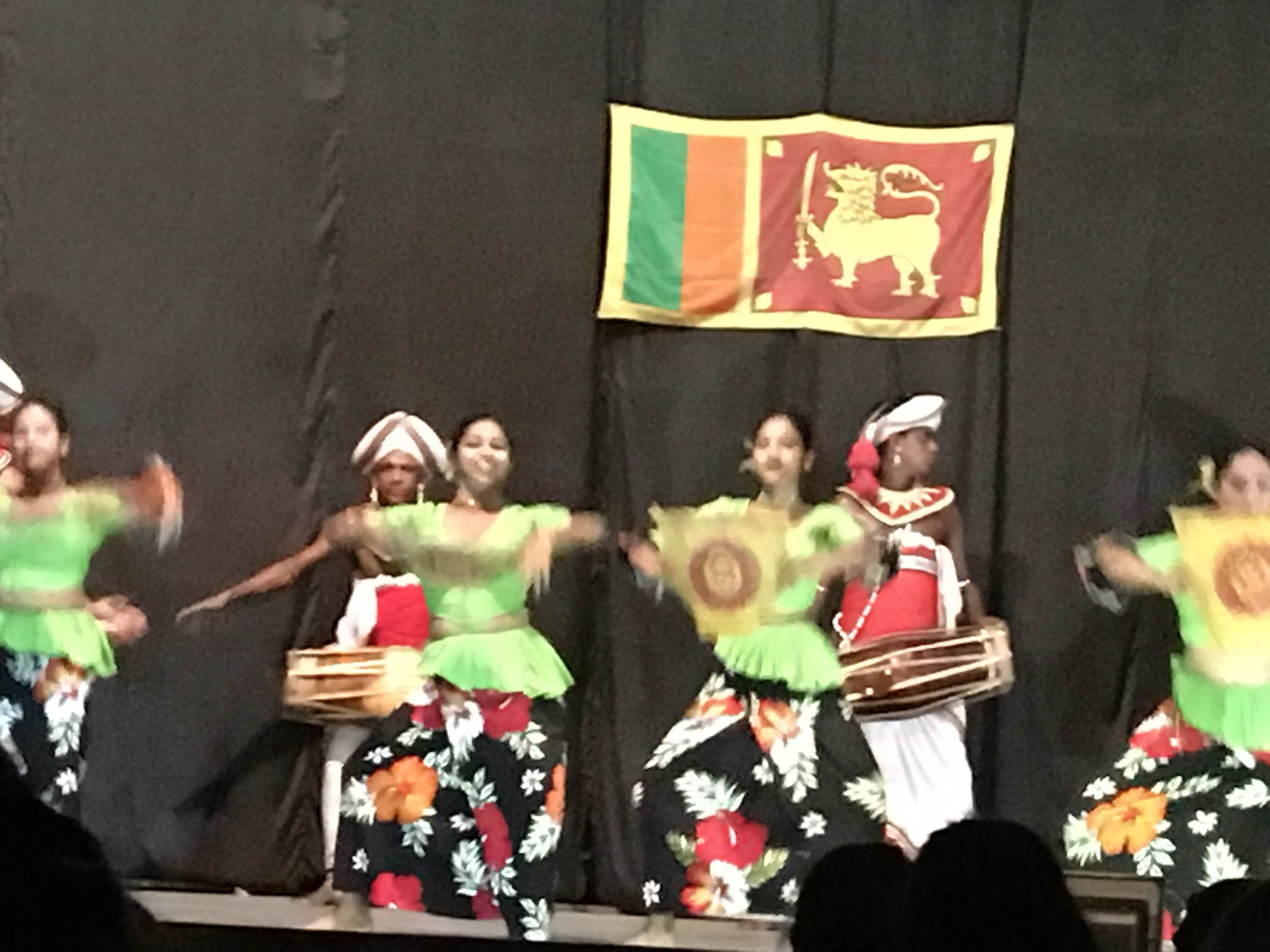 Deportes en Kandyan Dance Performance