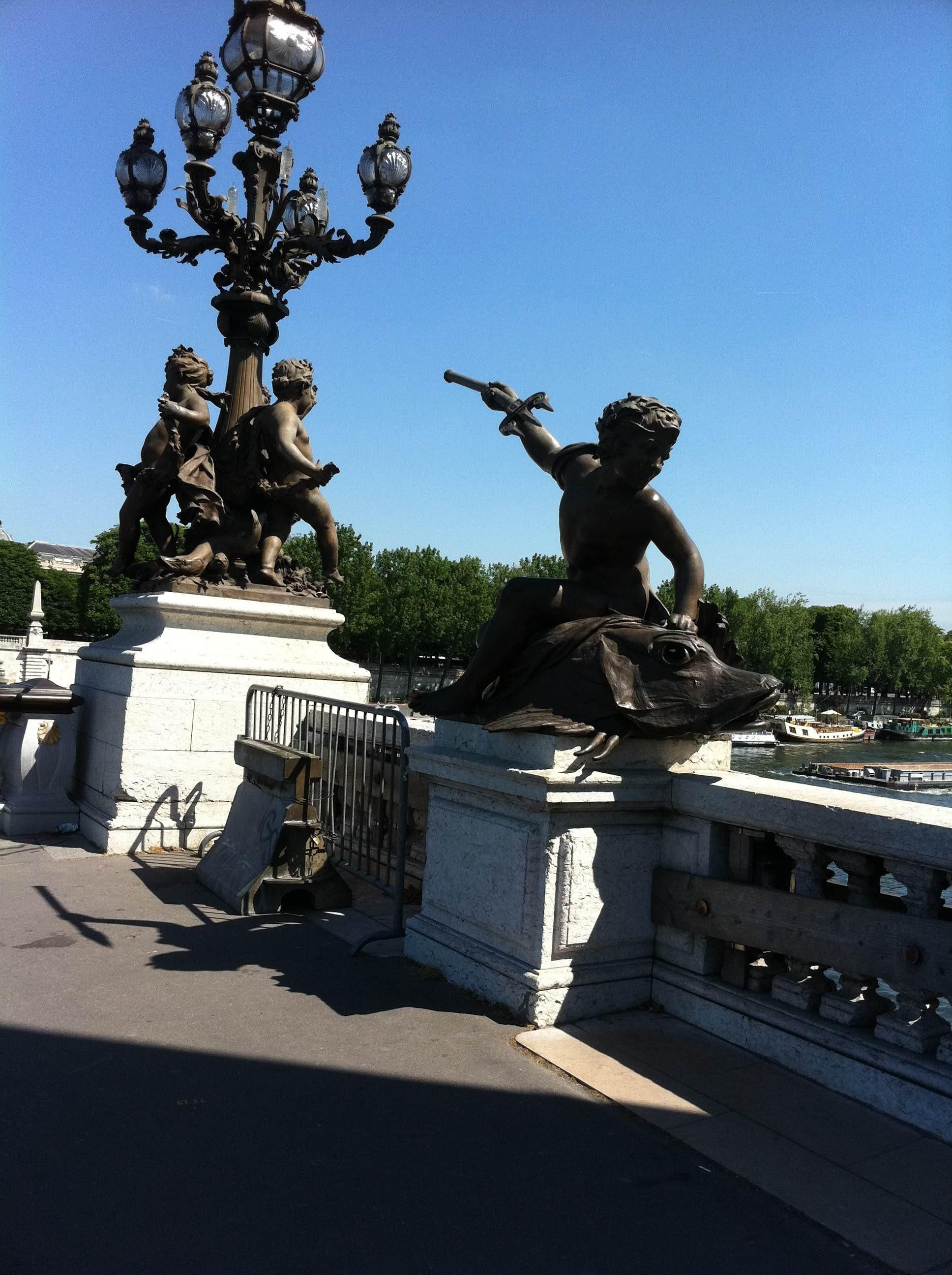 Sculpture in Pont Des Invalides