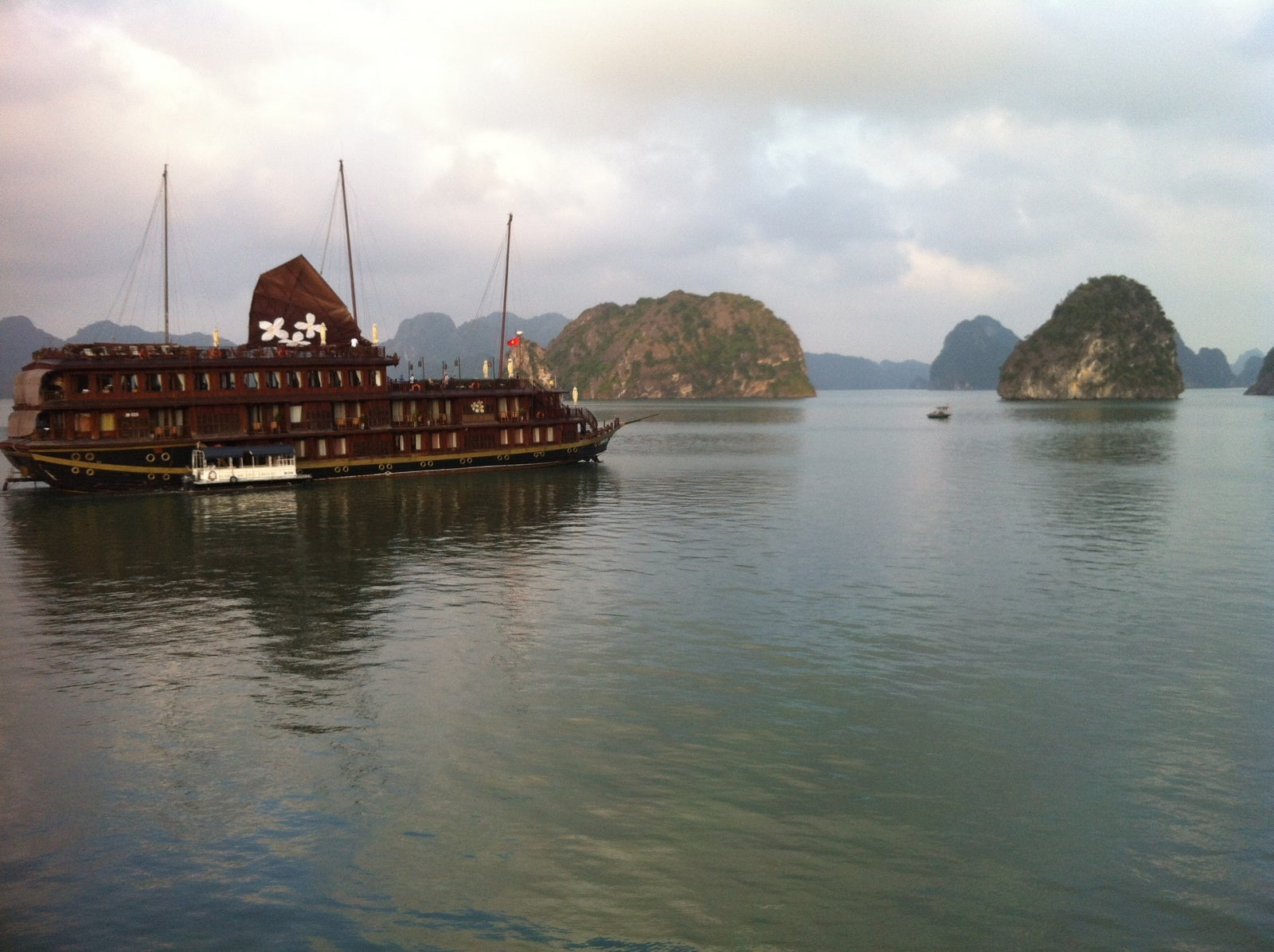 Mar en Bahia de Halong - Halong Bay