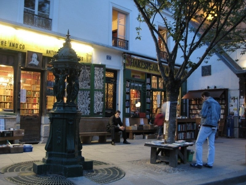 Centro de la ciudad en Shakespeare & Co.