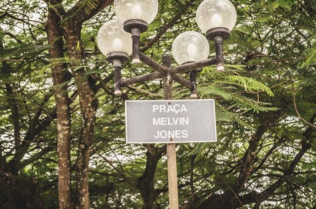 Praça Melvin Jones