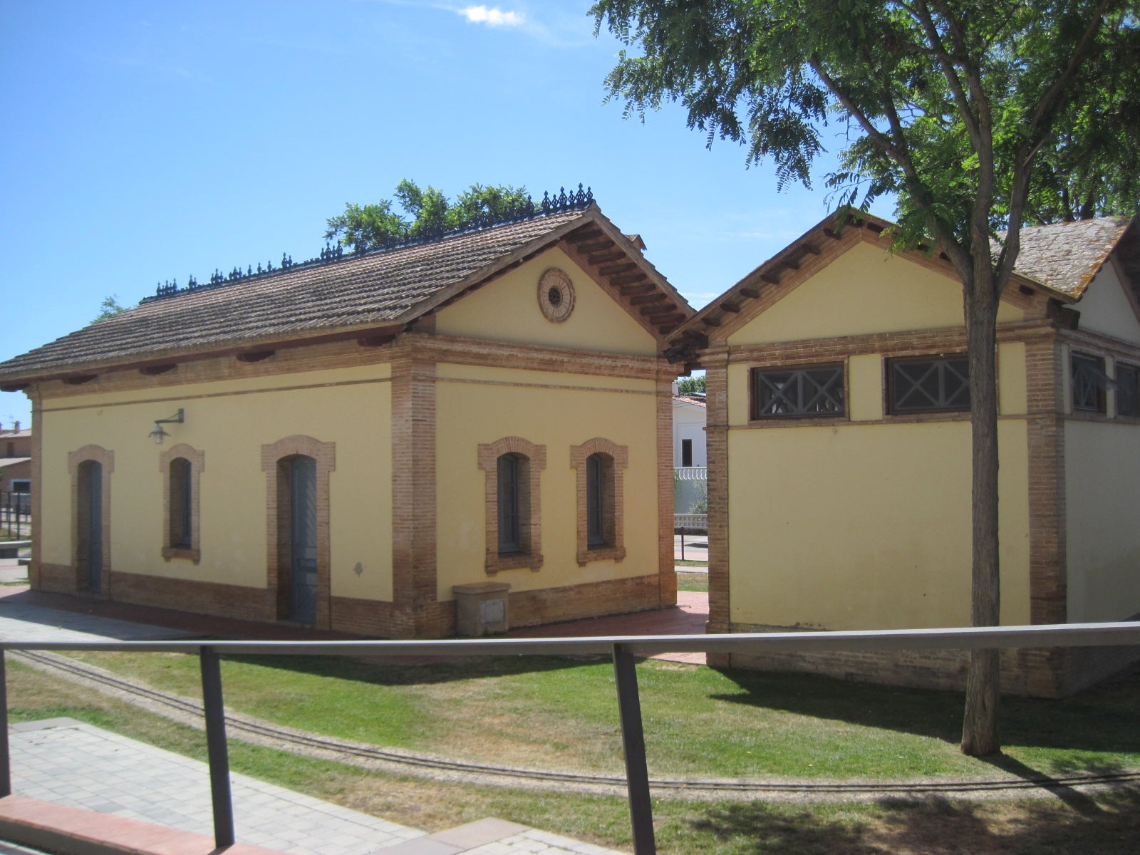 Station of Castell D'ARO