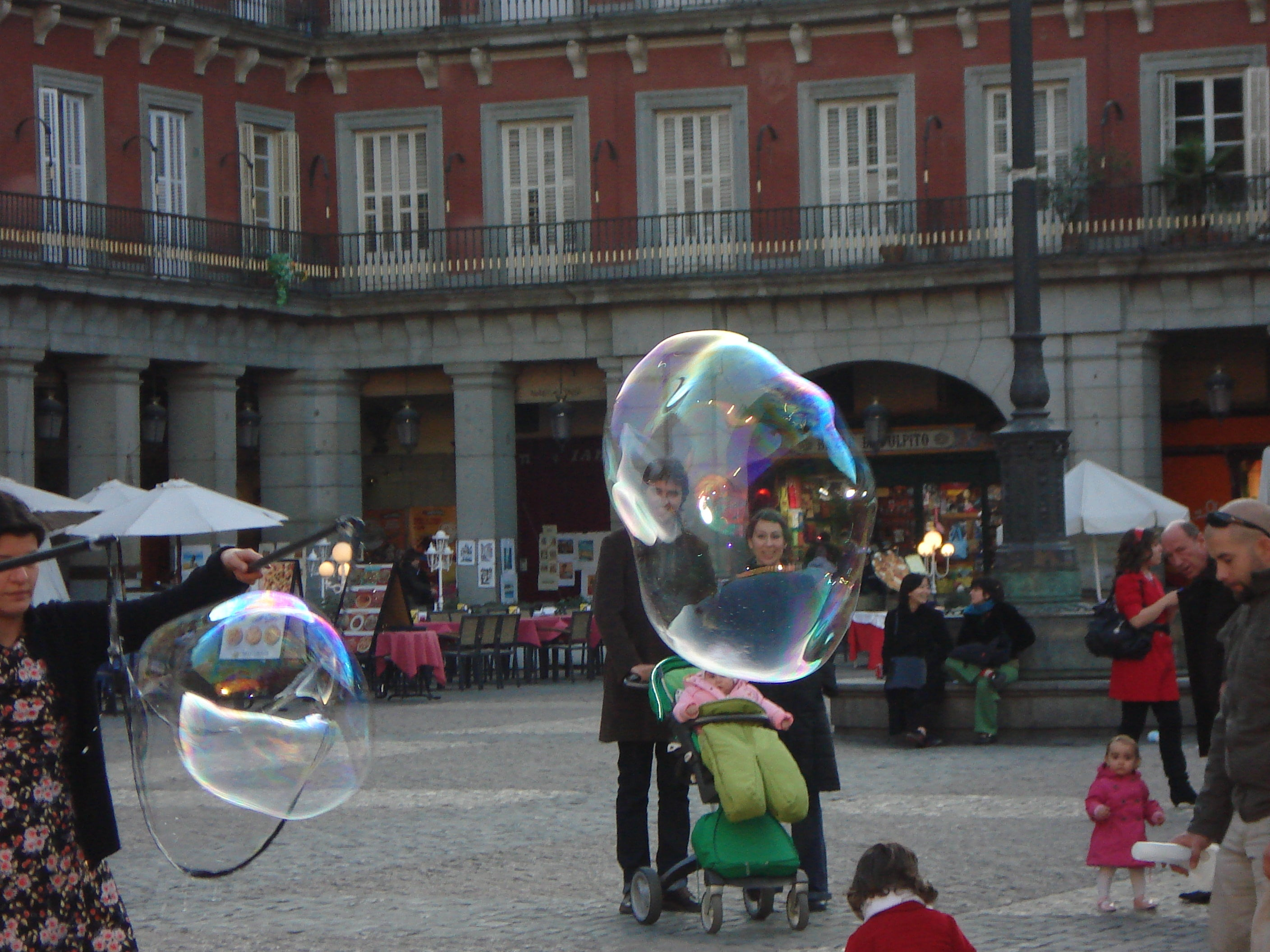 Fiesta en Plaza Mayor