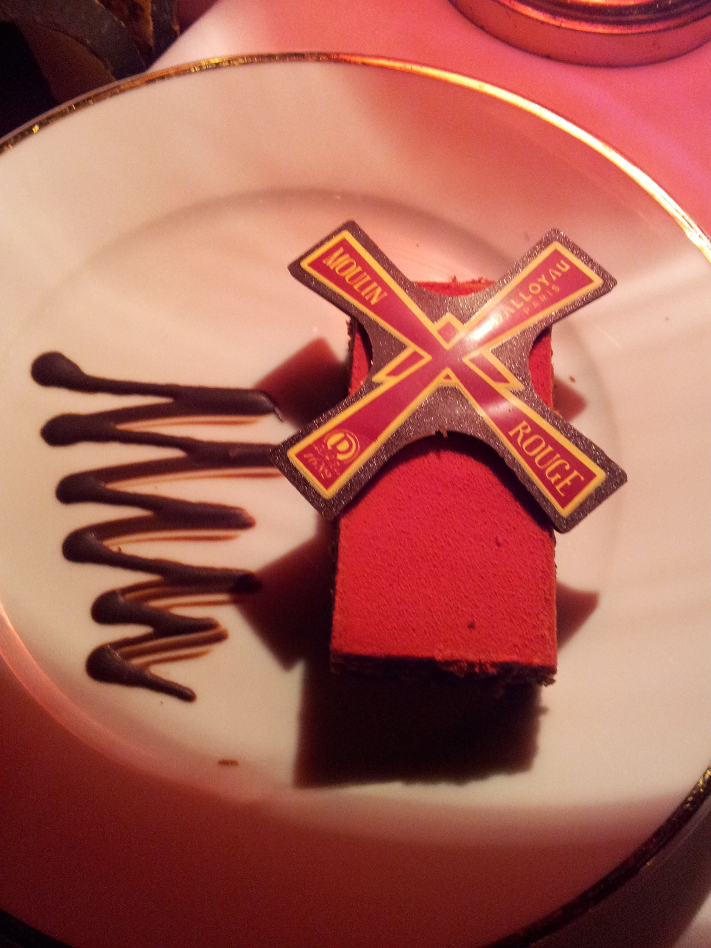 Postre en Moulin Rouge