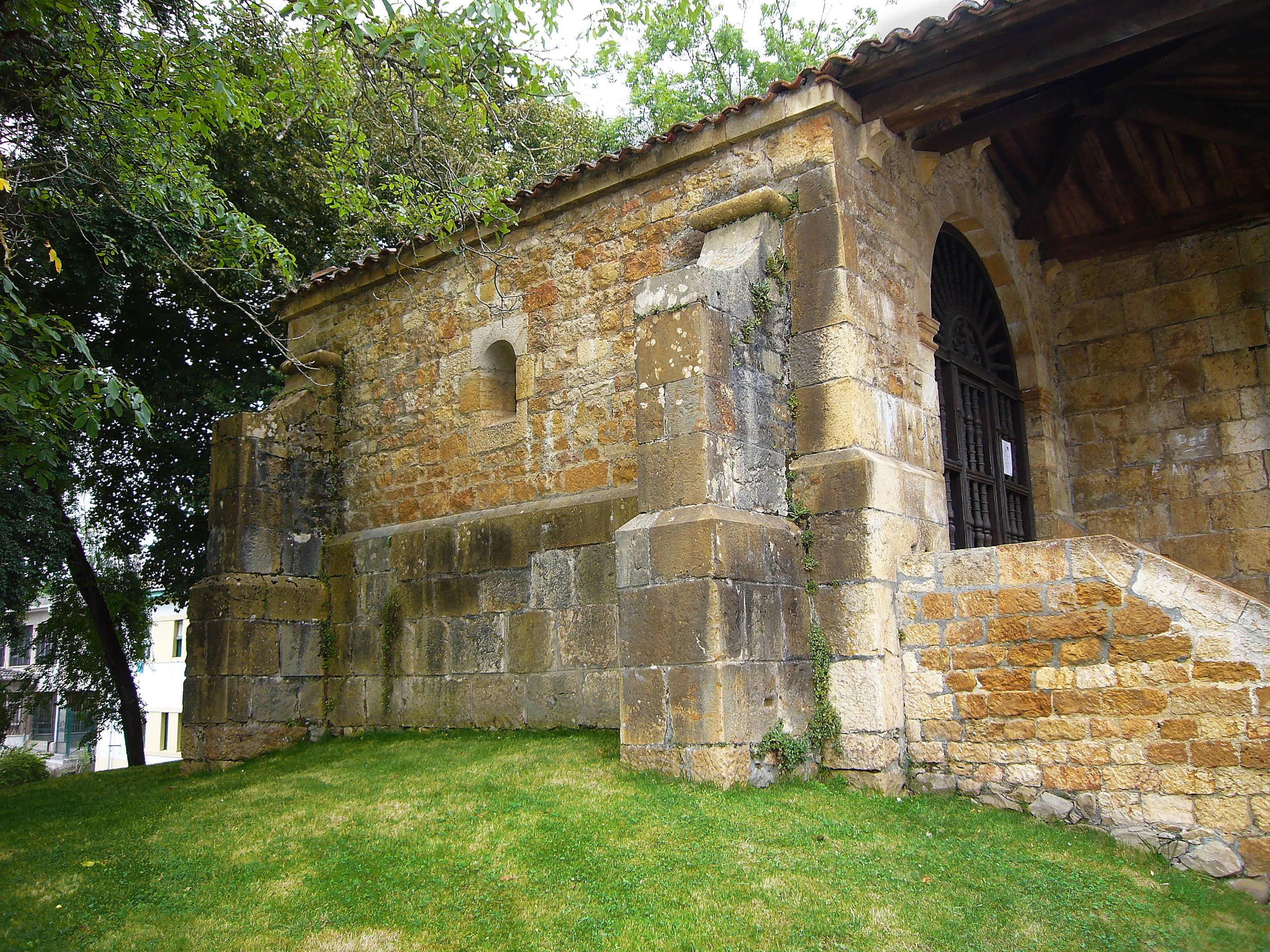 Chapel of Santa Cruz