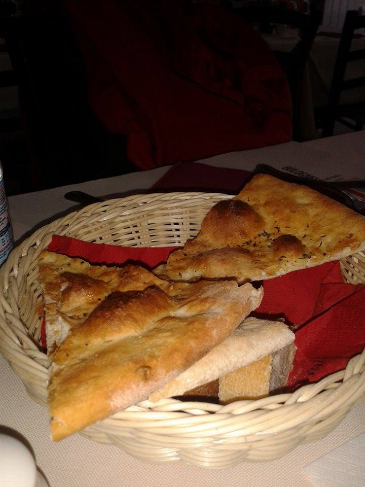 baked Goods in Il Granchio Rosso