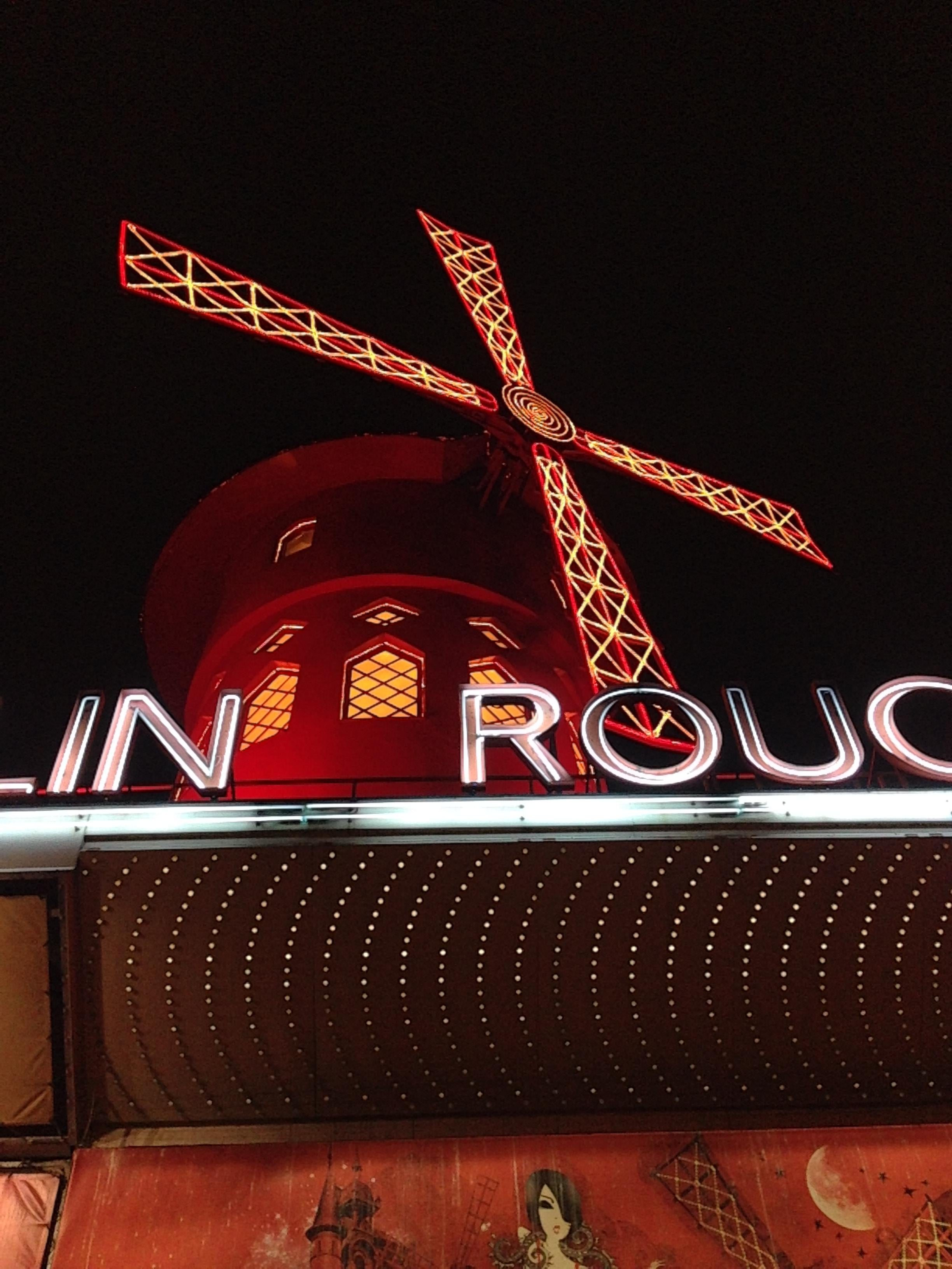 Rojo en Moulin Rouge
