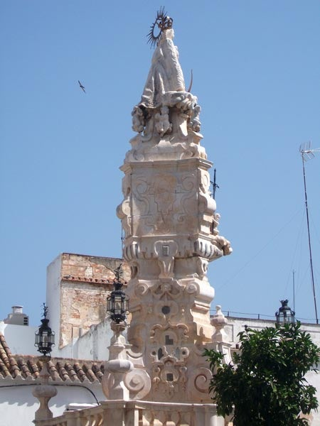 Monument to the Virgen del Valle