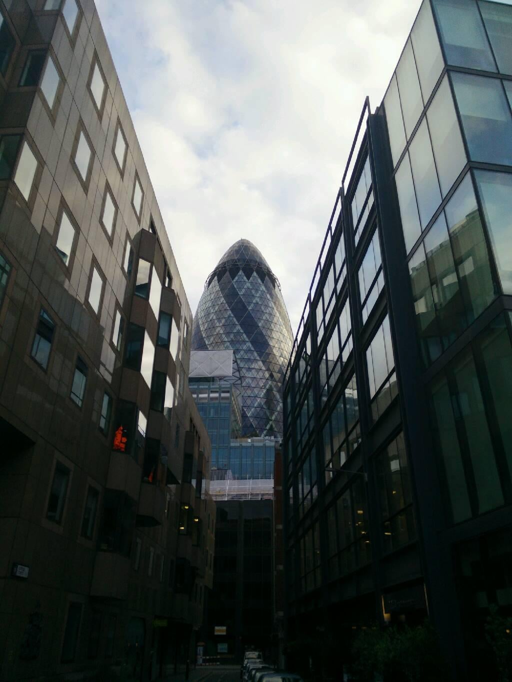 Casa en Swiss Re Tower - Torre Gherkin
