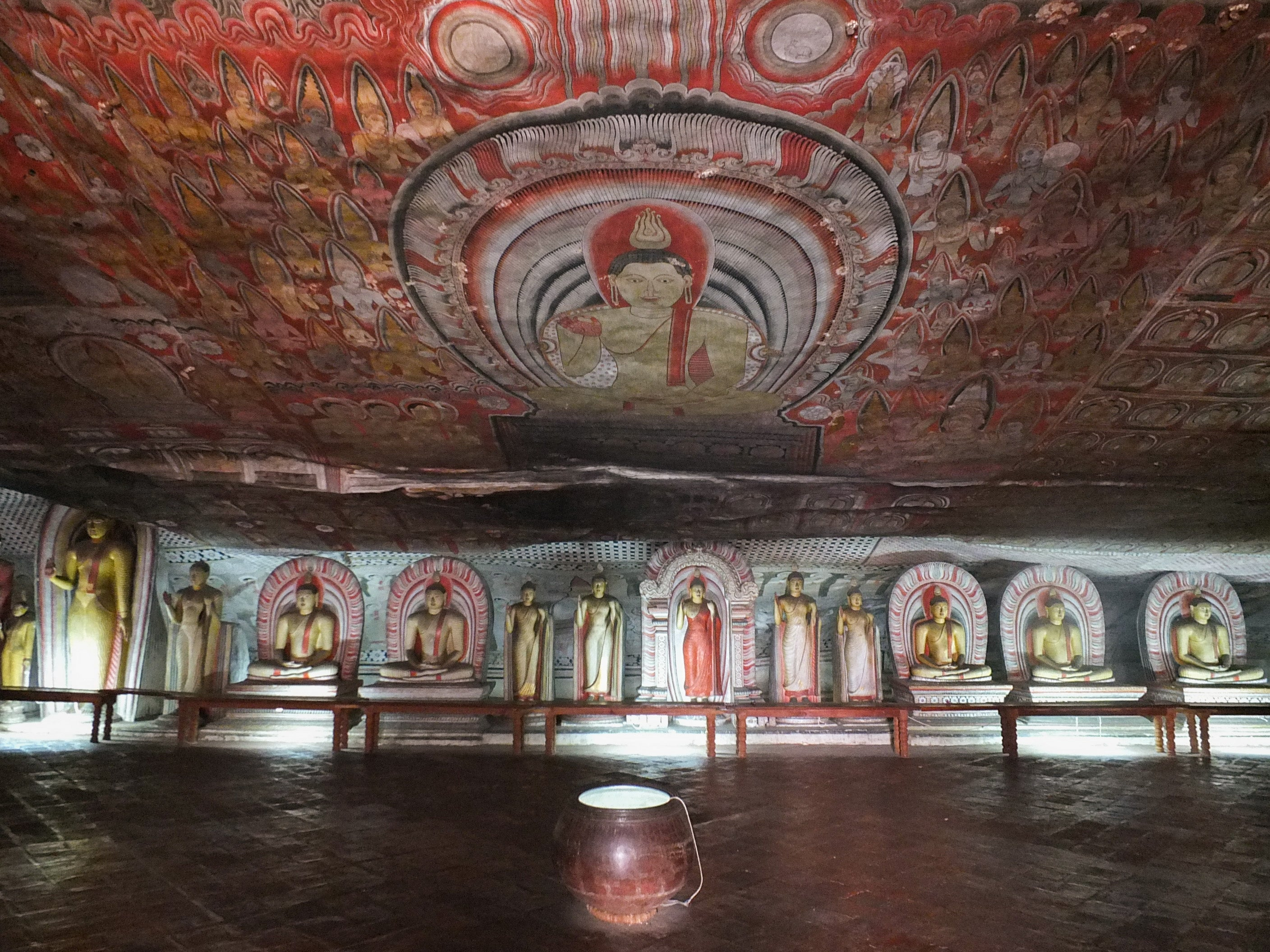 Cave of the Great Kings (Maharaja Lena)