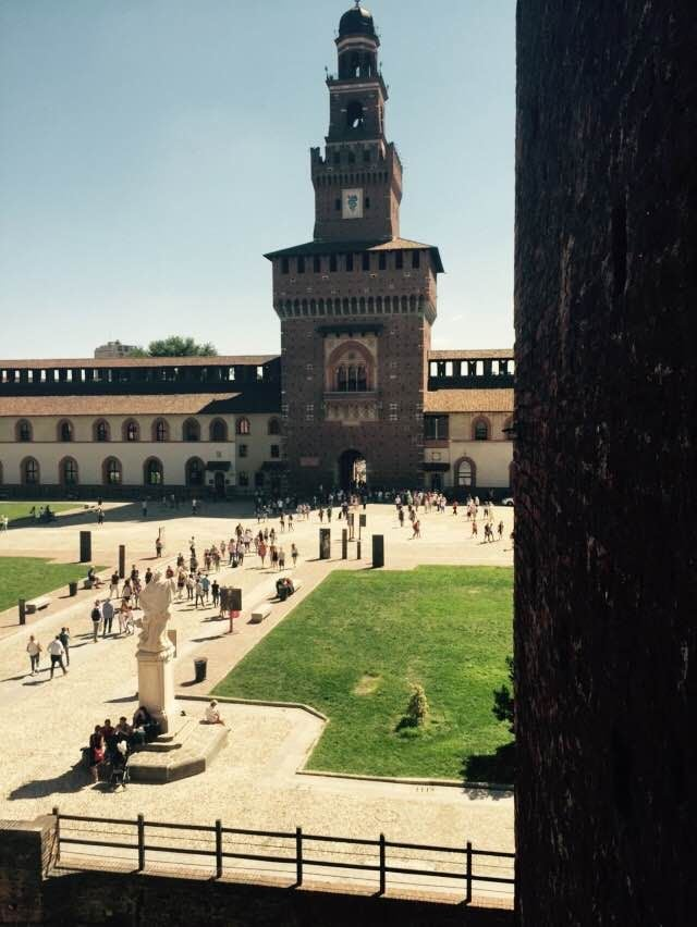 Plaza en Castillo Sforzesco
