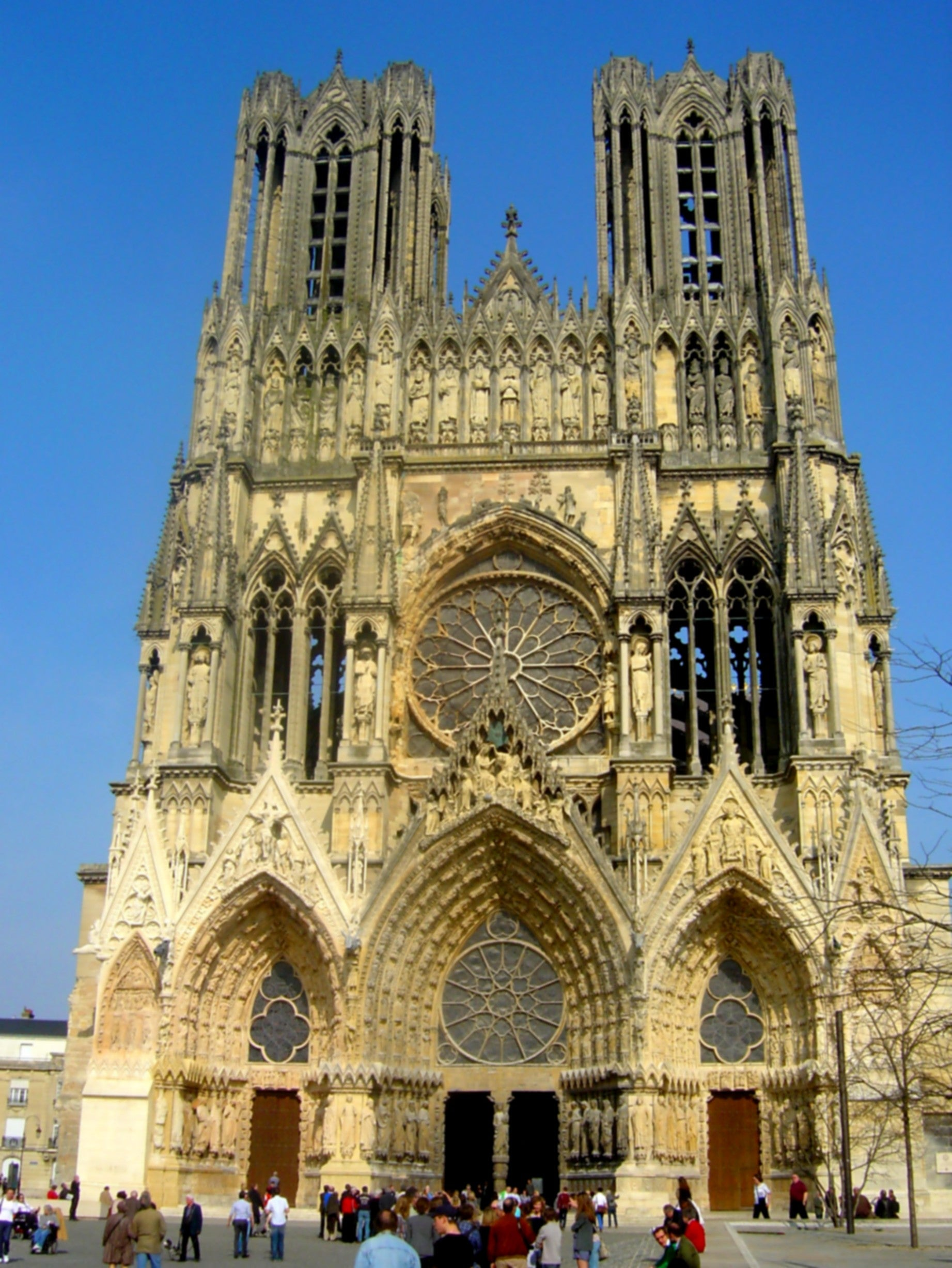 Plaza en Catedral de Reims