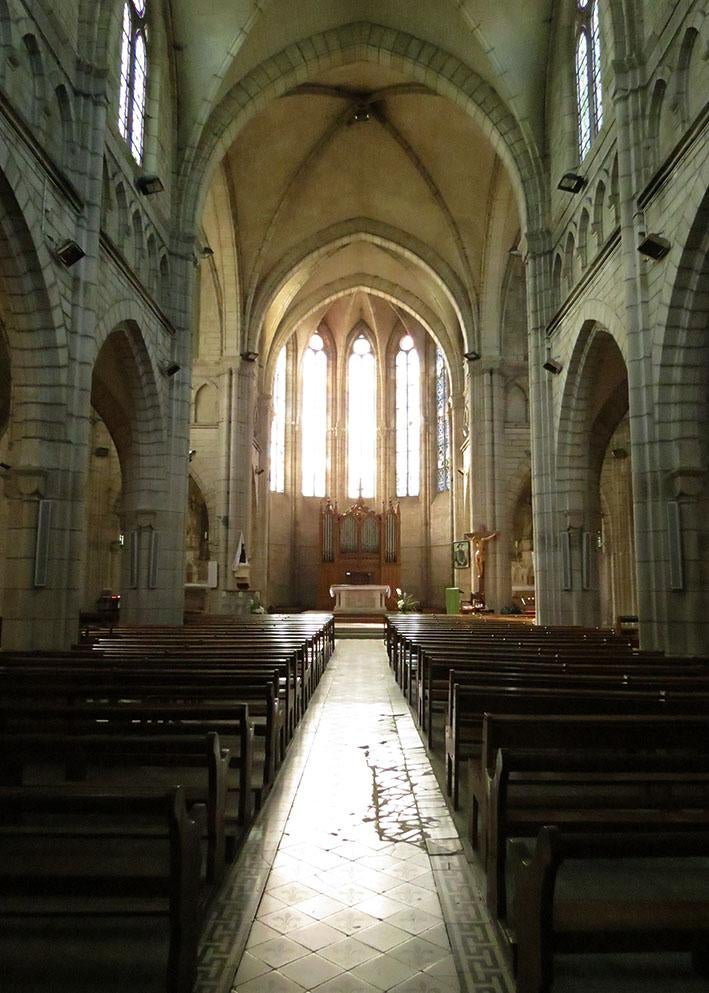 Edificio en Eglise Saint-Pierre