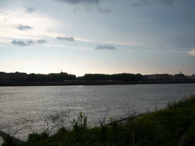 Banks of Garonne