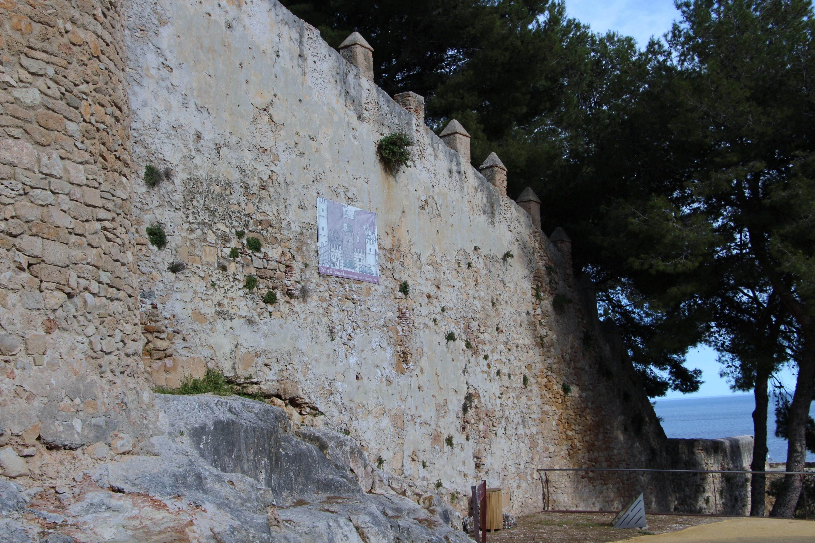 Pared en Castillo de Denia