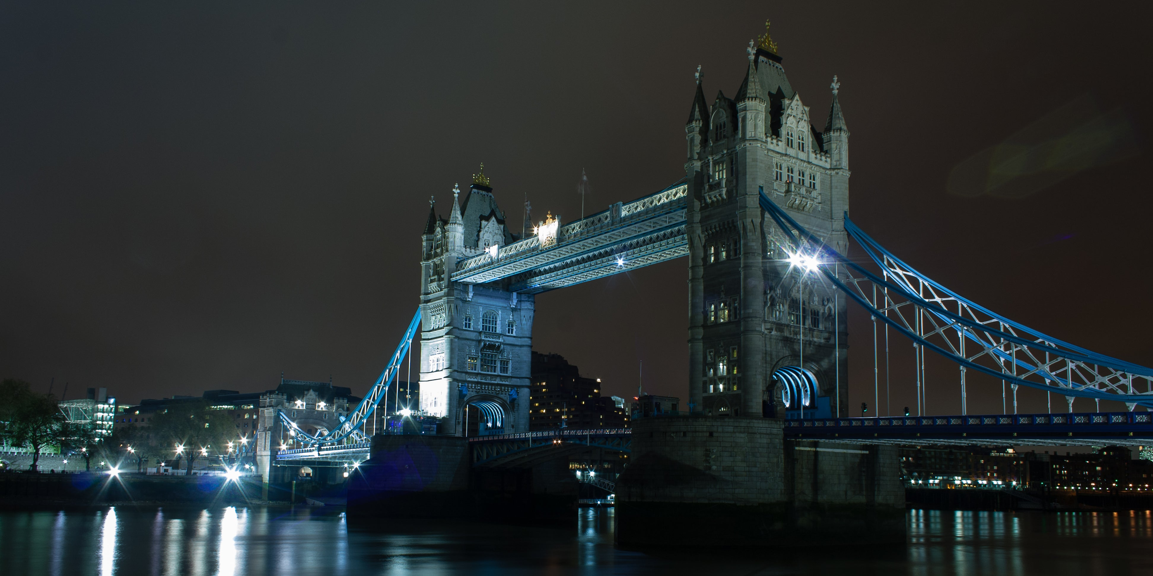Noche en Tower Bridge
