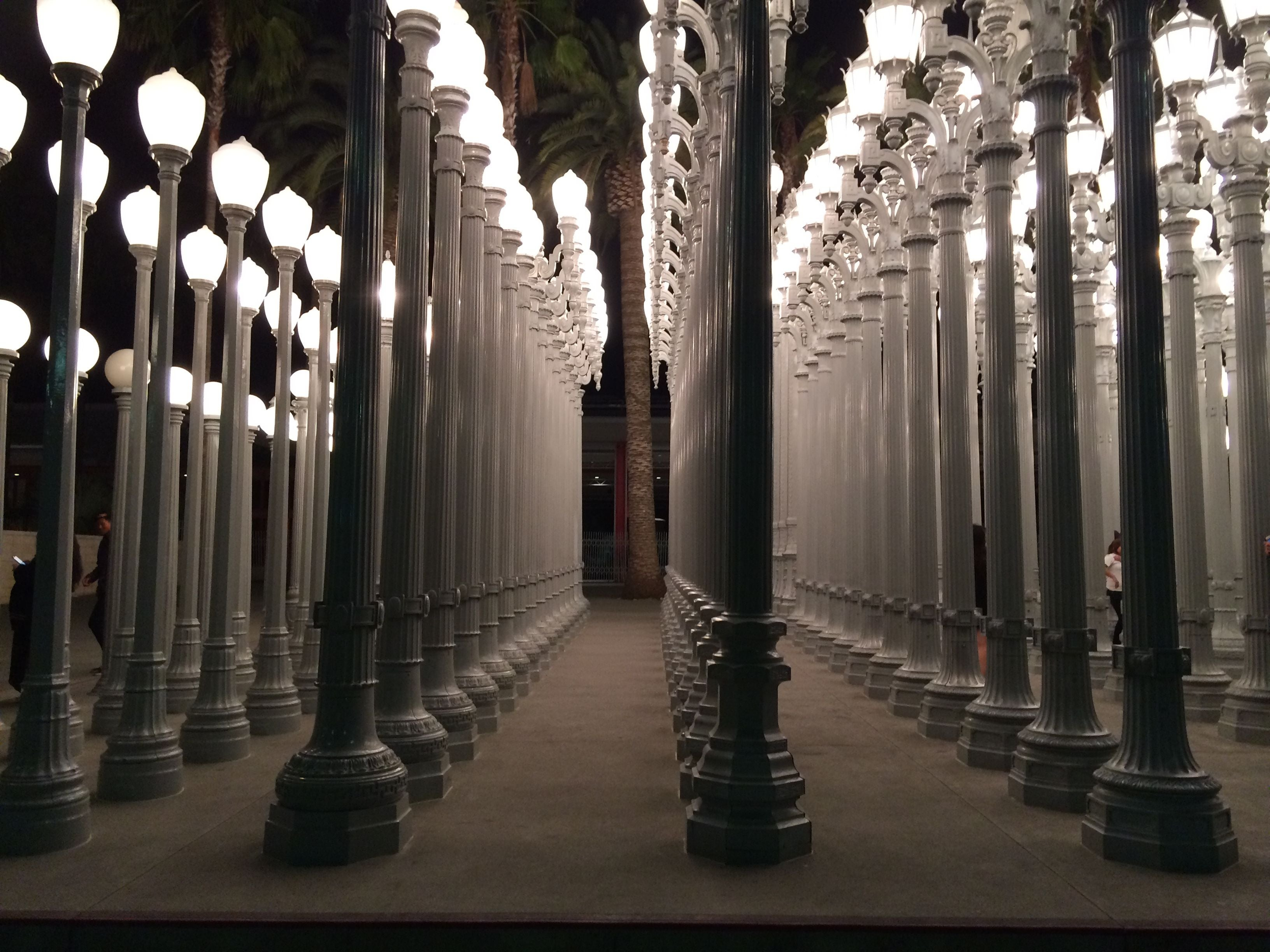 Mar en LACMA Lights
