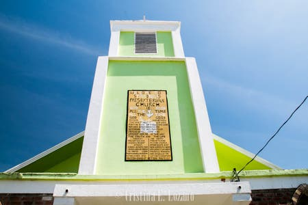 Iglesia de Saint Andrews - Life Church Belize