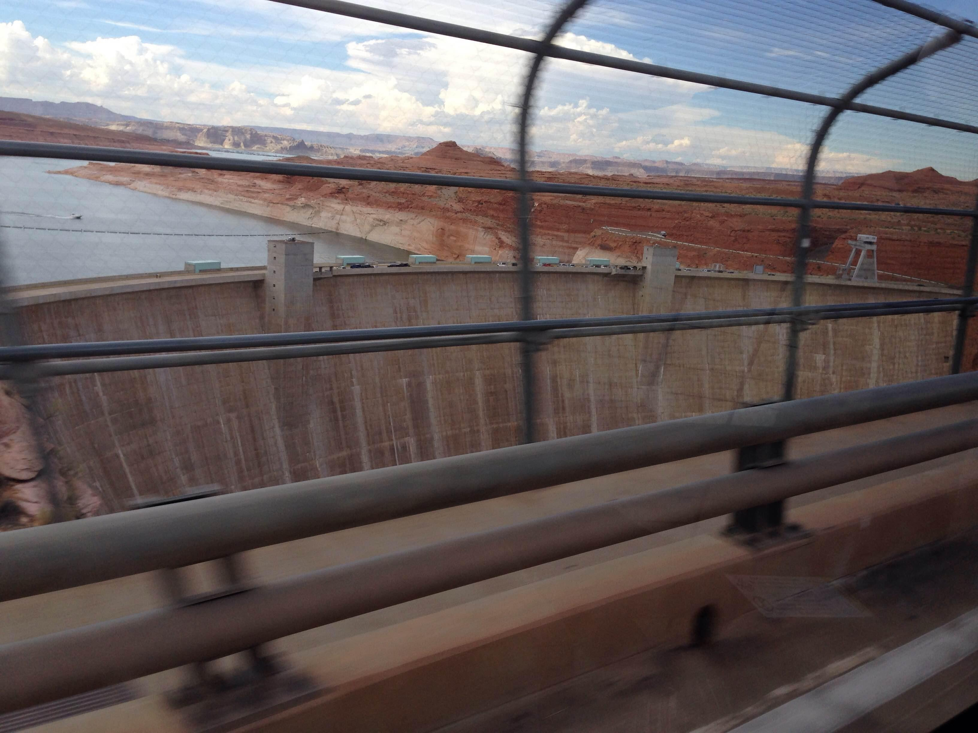 Pasamano en Glen Canyon Bridge