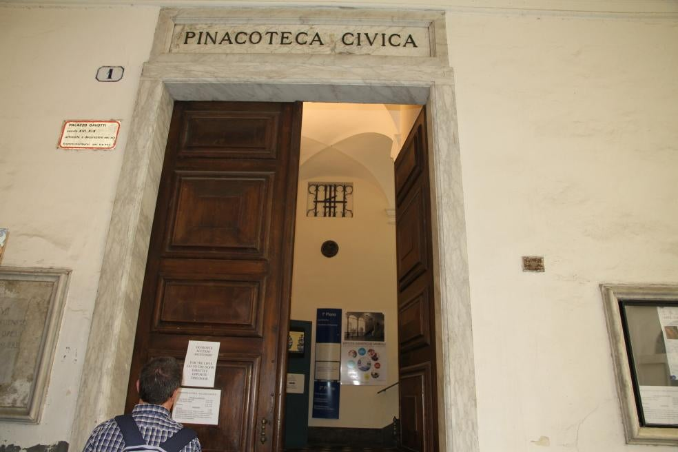 Pared en Pinacoteca civica