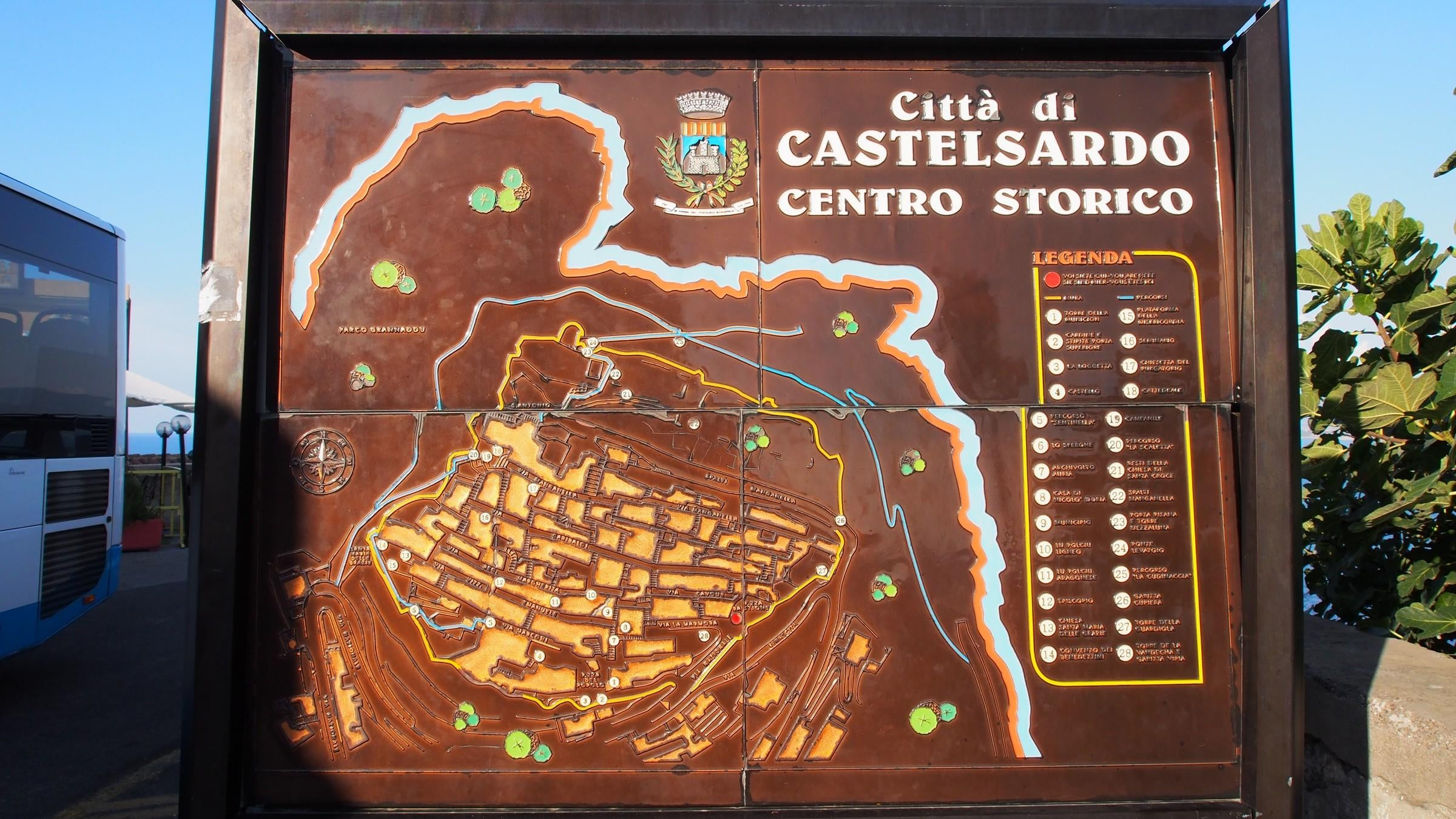 Dispositivo Movil en Casco Histórico Castelsardo