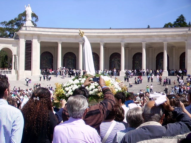 Ceremony in Basilica of Our Lady of the Rosary of Fatima