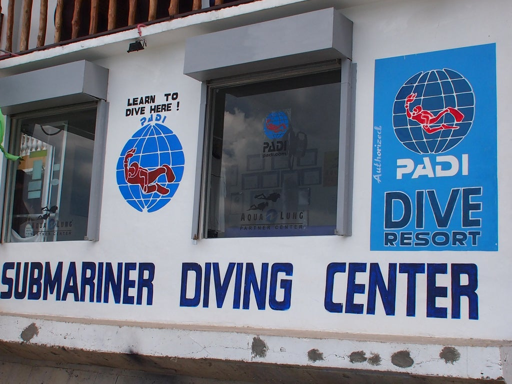 Hotel Submariner dive centre
