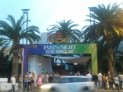 Paris by night al Pacha