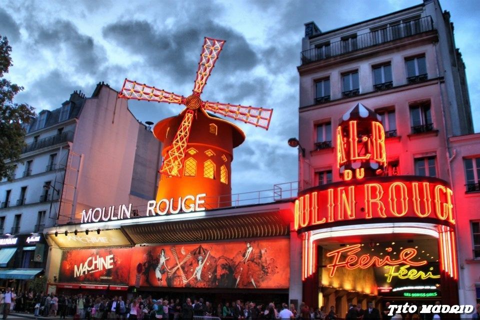Anochecer en Moulin Rouge