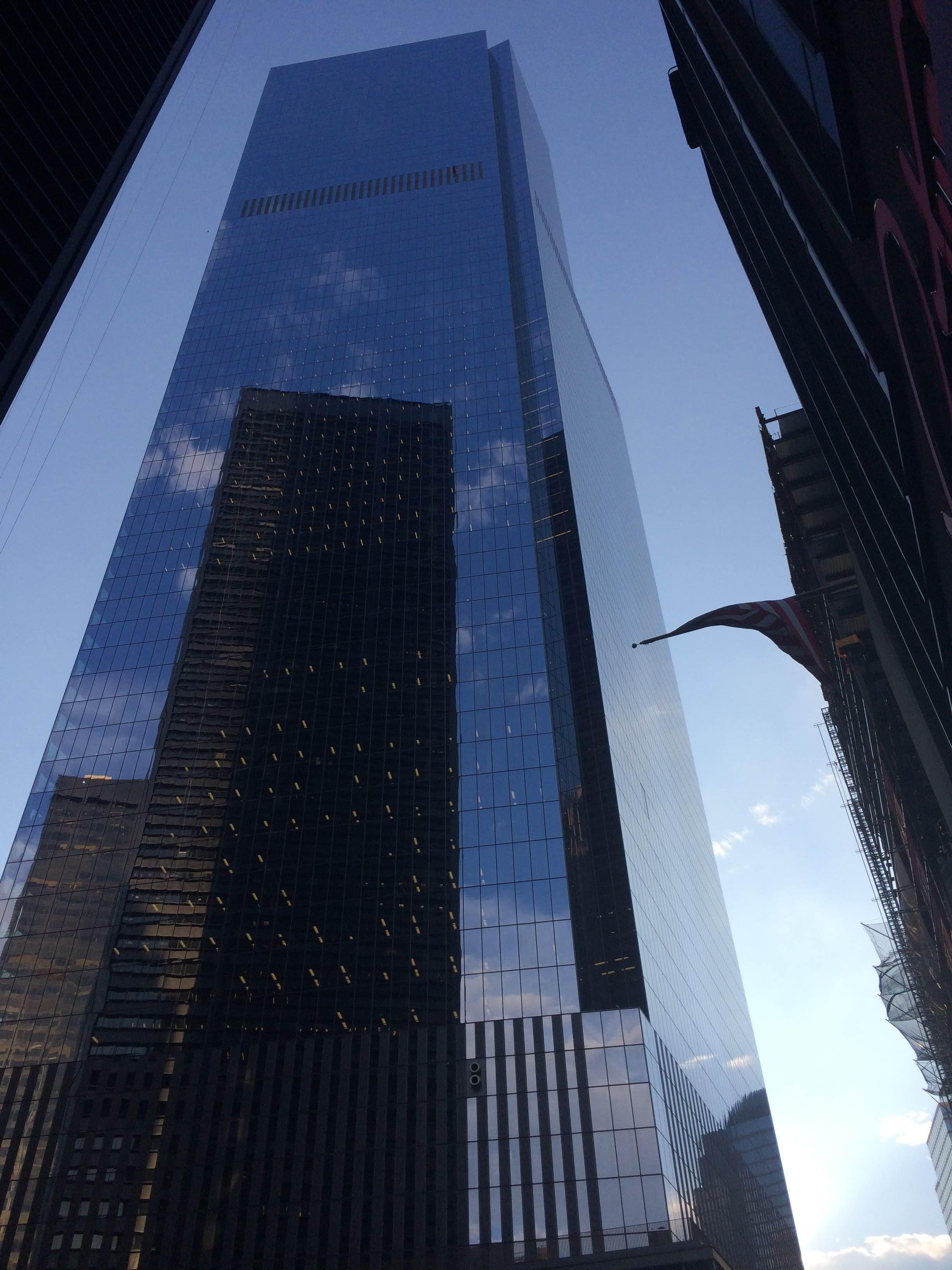 Reflejo en World Trade Center Site