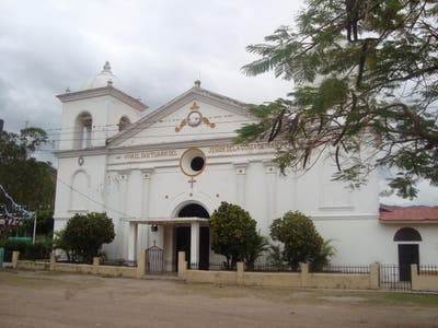 Catholic Church of Colonial of mantle