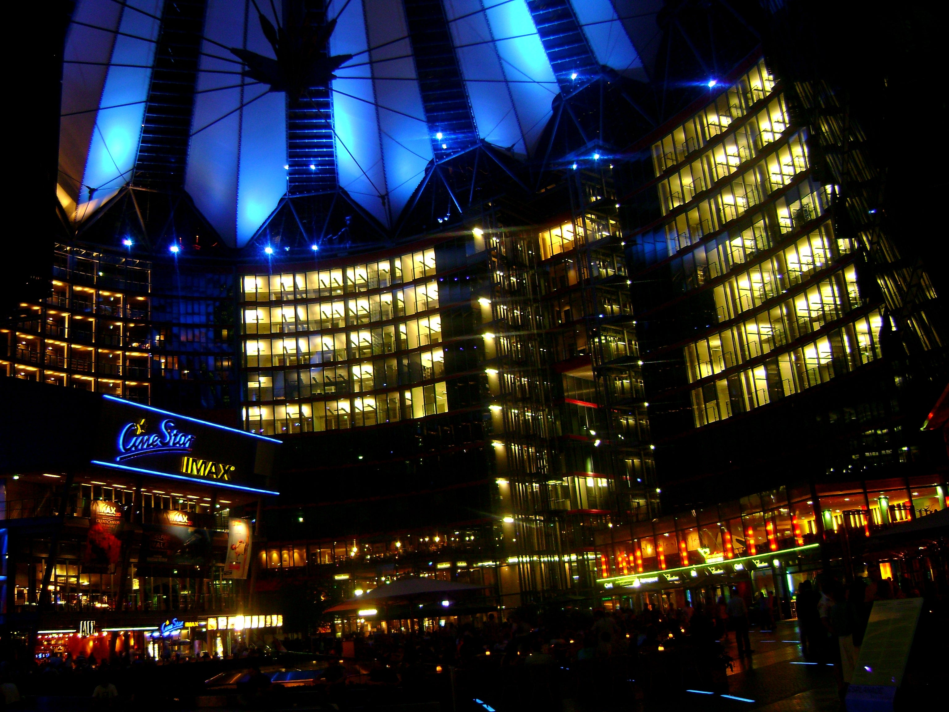 Reflejo en Sony Center