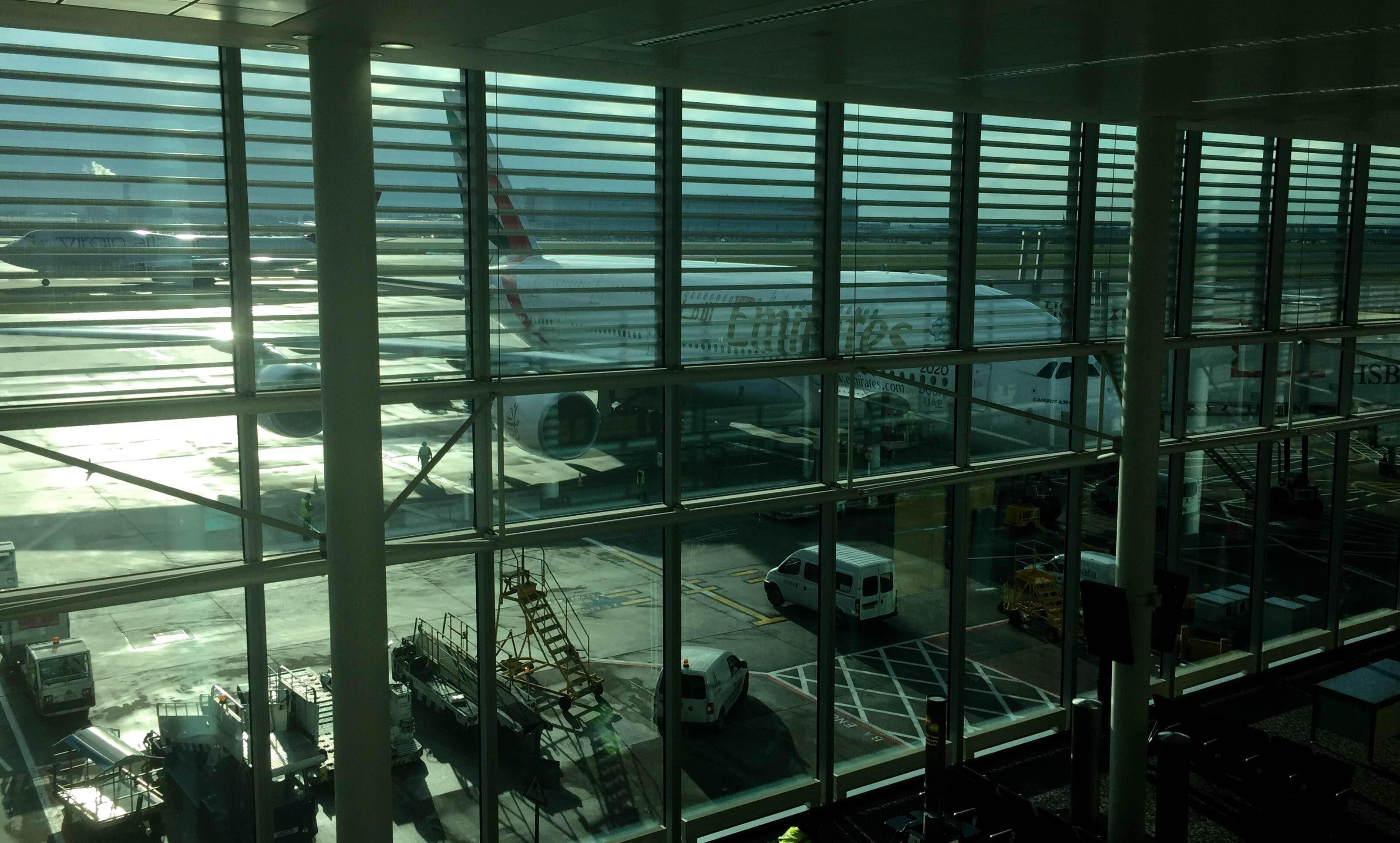 Ventana en Aeropuerto de Londres - Heathrow