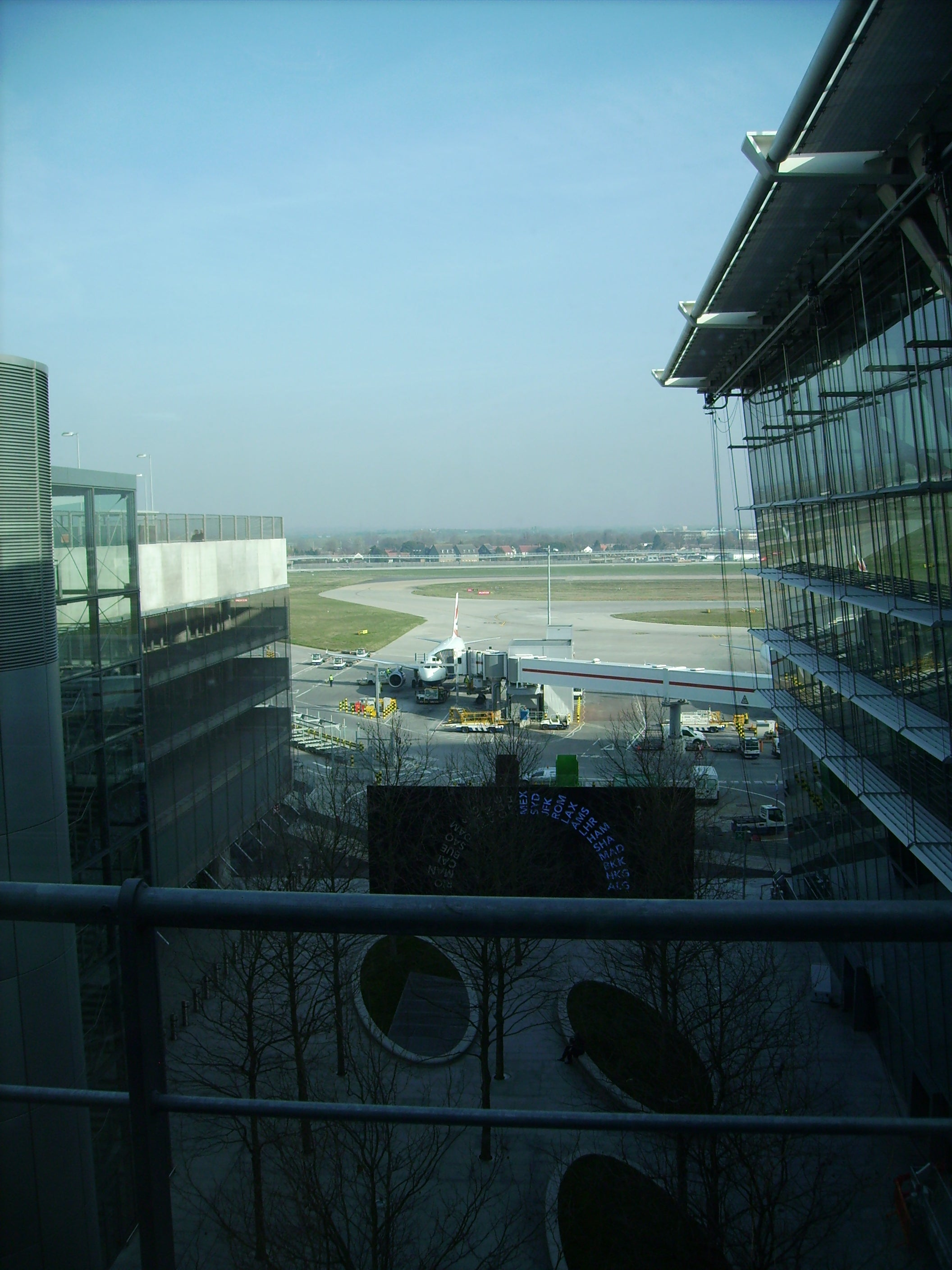 Mar en Aeropuerto de Londres - Heathrow